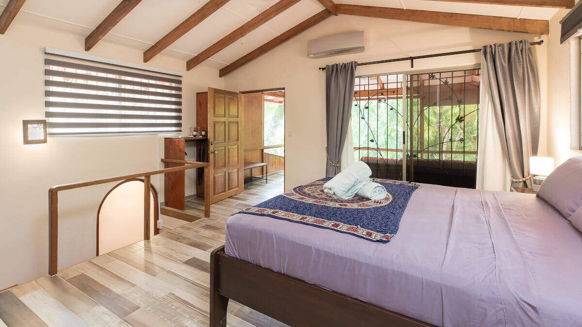 Bedroom Junior Suite Jardin de los Monos, Hotel in Matapalo