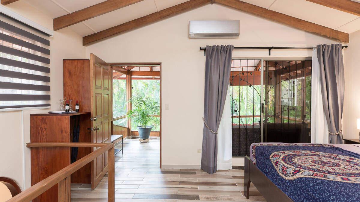 Bedroom Junior Suite Jardin de los Monos, Hotel in Playa Matapalo Costa Rica