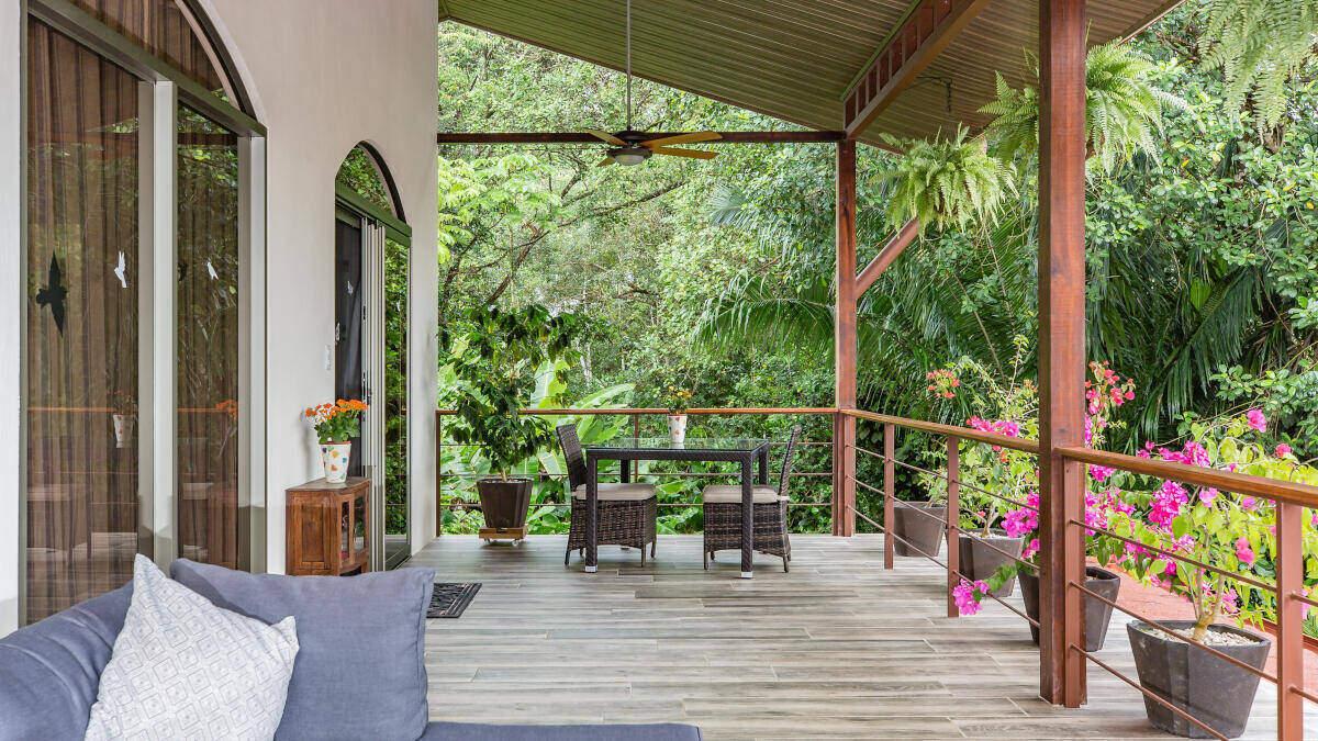 Balcony, Bed and Breakfast Playa Matapalo Costa Rica